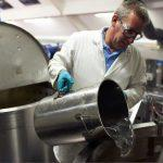 Гадание на моторном масле в лаборатории Castrol