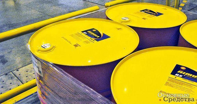 Голографические стикеры на пробках 209-литровых бочек