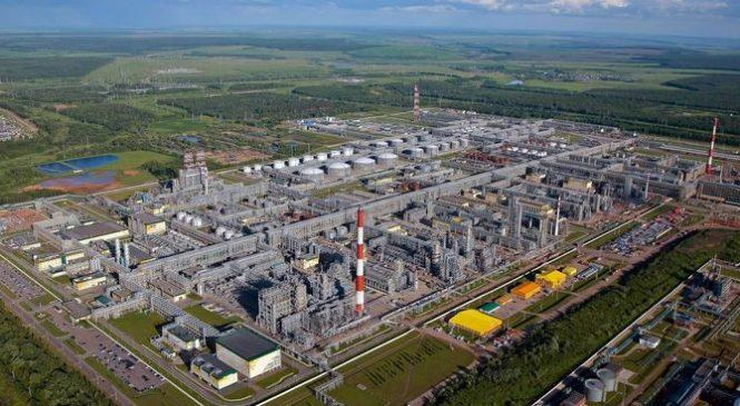 Объем производства российской базовой нефти повышается